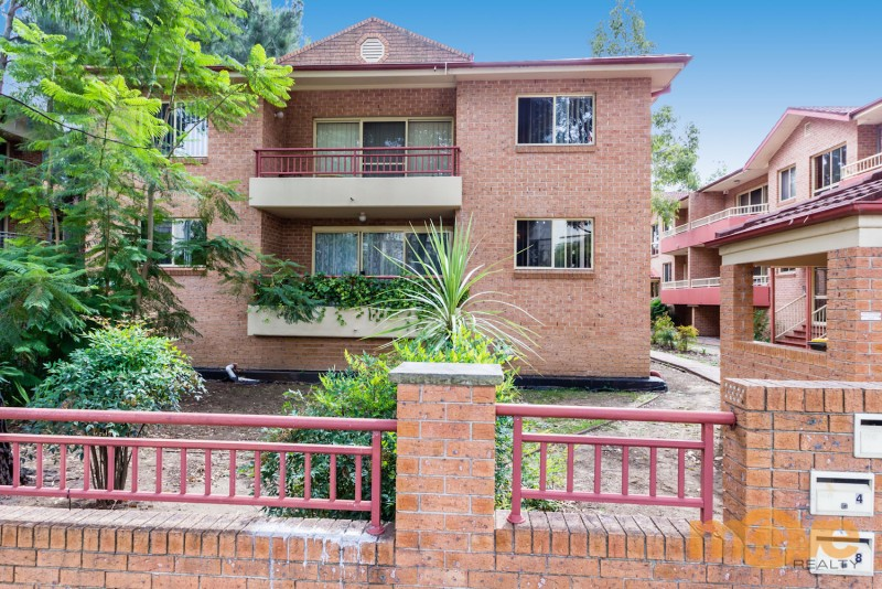 1/219 Dunmore St, Pendle Hill NSW 2145