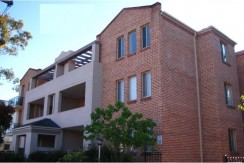 8/36-38 Lydbrook St Westmead NSW 2145 apartment