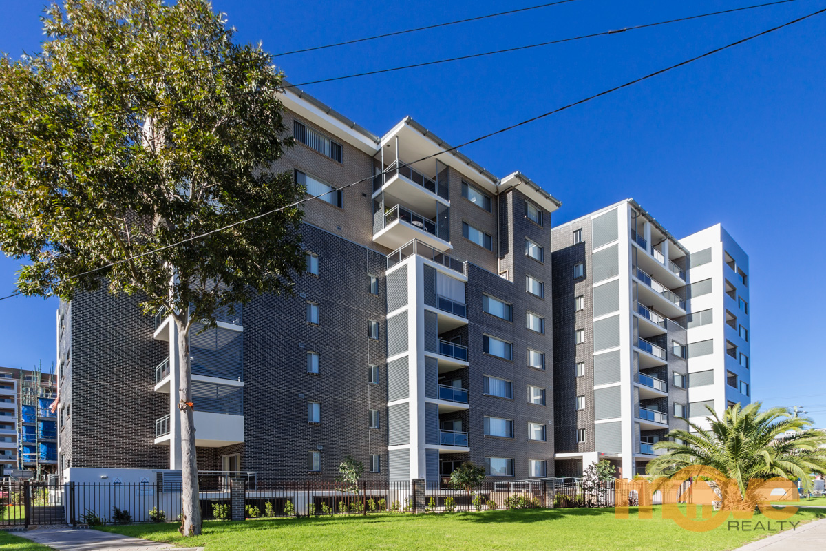 Renting  4/93-95 Campbell St  Liverpool NSW 2170