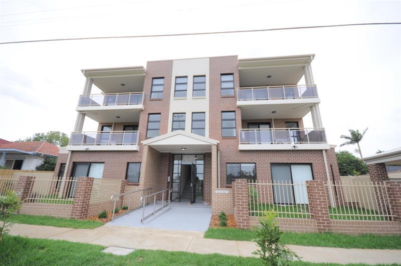 Rent 16/12-14 Banks St Parramatta NSW 2150
