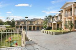 Rent 8/39 Abigail St Seven Hills NSW 247 Townhouse