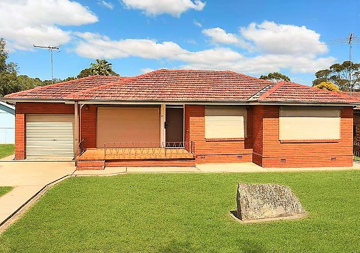 Rent 60 Quakers Road, Marayong NSW 2148