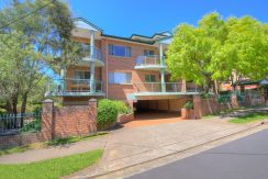 Rent 5/27 Parkside Lane Westmead NSW 2145 - Move Realty