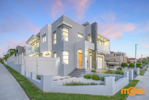 Sold Contemporary House In Sought-After Locale